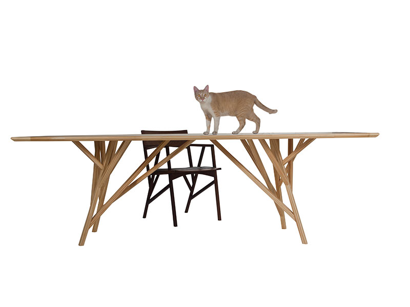 Reserva Dining Table